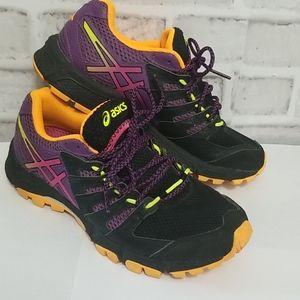ASICS Runner Size 7-1/2